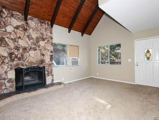 1338 Saint Anton Dr, Lake Arrowhead, CA 92352