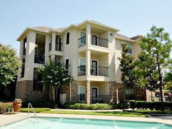 11355 Richmond Ave APT 400, Houston, TX 77082