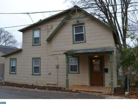160 Hilltop Ln, Wyncote, PA 19095