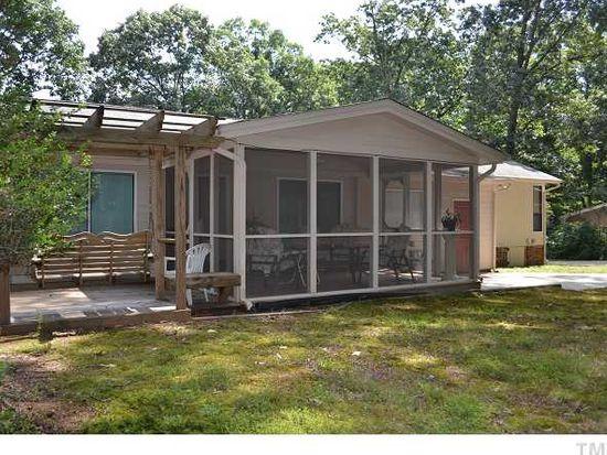 1200 Gatehouse Dr, Cary, NC 27511