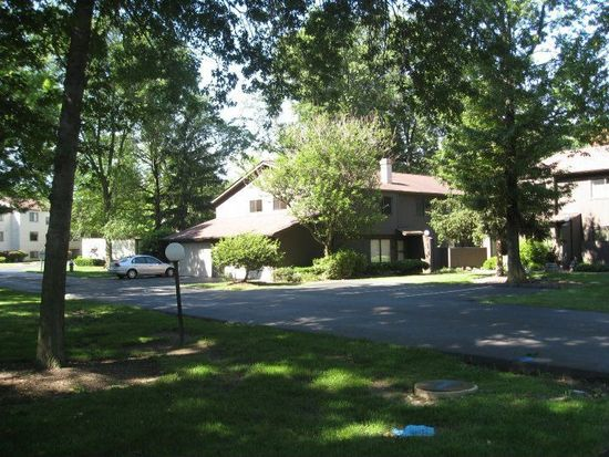 1570 Cedarwood Dr # 3-C, Westlake, OH 44145
