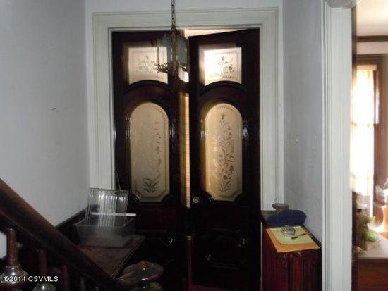 40 N Oak St, Mount Carmel, PA 17851