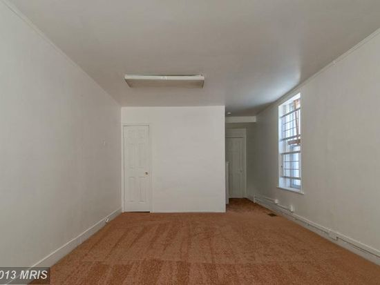 2 W 26th St, Baltimore, MD 21218