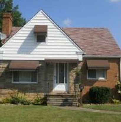 2902 Liggett Dr, Parma, OH 44134
