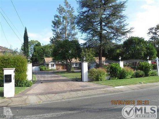23057 Calvert St, Woodland Hills, CA 91367