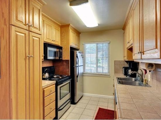 2453 Forbes Ave, Santa Clara, CA 95050