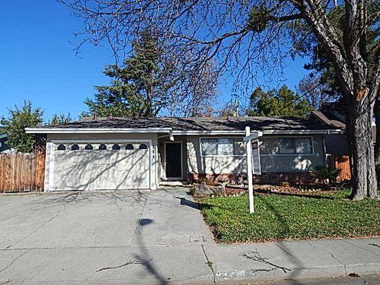 224 Dahlia St, Fairfield, CA 94533