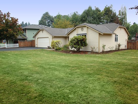 24016 27th Pl W, Brier, WA 98036