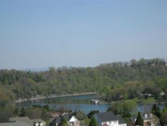 3 Edwards Ct, Johnson City, TN 37601