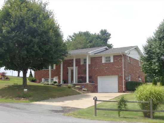102 Erie St, Beckley, WV 25801