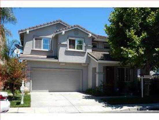 789 Avelar St, East Palo Alto, CA 94303