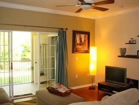 4934 NW 43rd Ave APT 106, Gainesville, FL 32606
