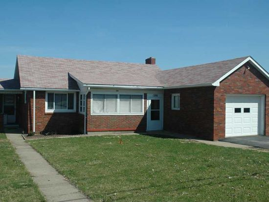 1280 Cherry Hill Rd, Ellwood City, PA 16117