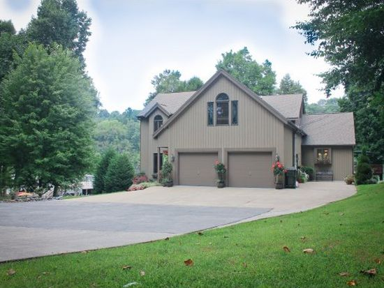768 Lake Point Dr, Piney Flats, TN 37686