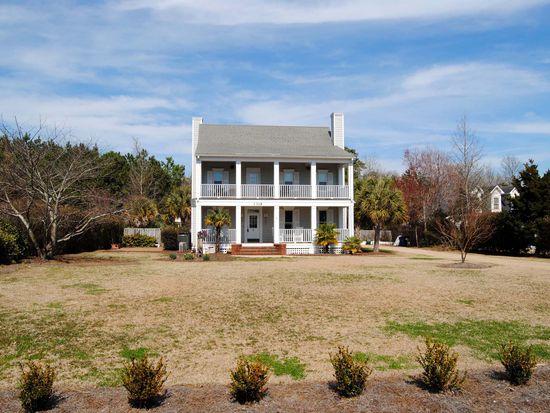 1309 Edgewater Club Rd, Wilmington, NC 28411