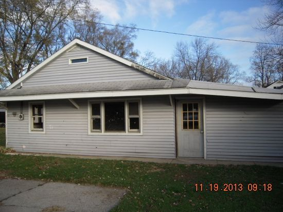 2825 10th St, Elkhart, IN 46517