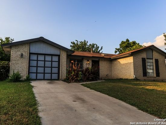 14139 Swallow Dr, San Antonio, TX 78217