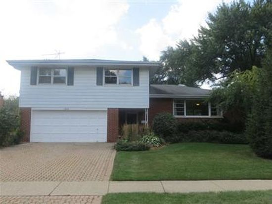 1521 E Miner St, Arlington Heights, IL 60004