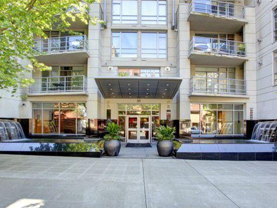 2929 1st Ave APT 701, Seattle, WA 98121