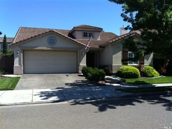 7346 15th Hole Dr, Windsor, CA 95492