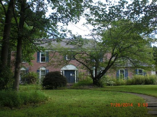 2 Rich Ct, Lawrenceville, NJ 08648