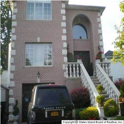 6089 Amboy Rd, Staten Island, NY 10309