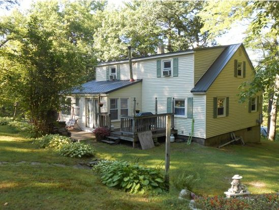 109 Hovey Rd, Londonderry, NH 03053