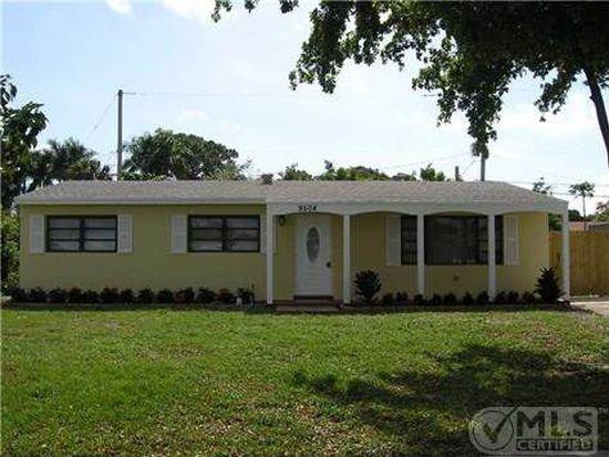 9504 Bloomfield Dr, Palm Beach Gardens, FL 33410