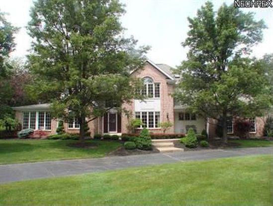 800 Hardwood Ct, Gates Mills, OH 44040