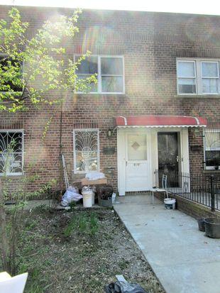 4290 Saull St, Flushing, NY 11355