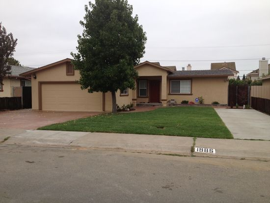 1985 Arizona Ave, Milpitas, CA 95035