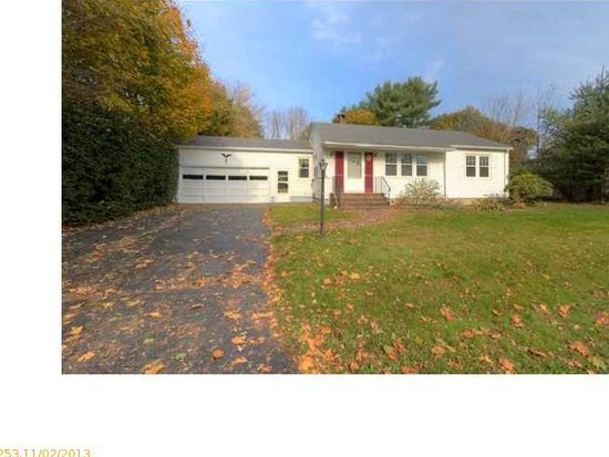 15 Robinson Ct, Westbrook, ME 04092