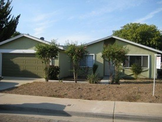 1475 Wrenwood Ave, Clovis, CA 93611