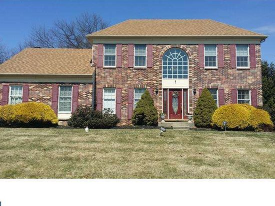 270 Cinnabar Ln, Yardley, PA 19067