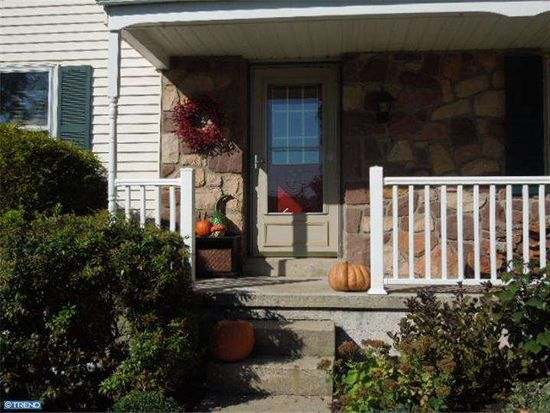 617 Old State Rd, Collegeville, PA 19426