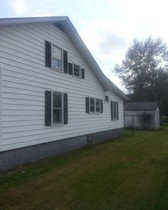 2190 Maple Acres Rd, Princeton, WV 24739