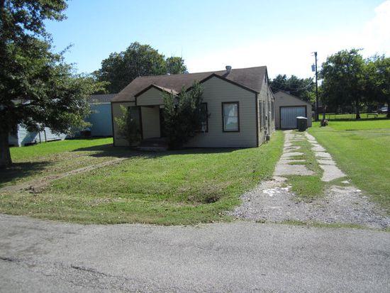 703 Trinity Ave, Port Arthur, TX 77642