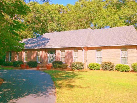 4624 Forest Lake Dr W, Tifton, GA 31794