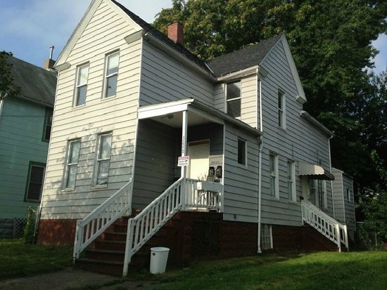 3228 W 90th St, Cleveland, OH 44102