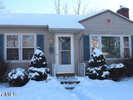 47 W Channel St, Newark, OH 43055