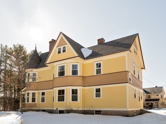 145 Maple St, Wakefield, NH 03872