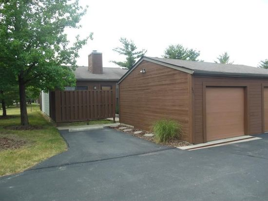 801 Timber Way Dr, Worthington, OH 43085