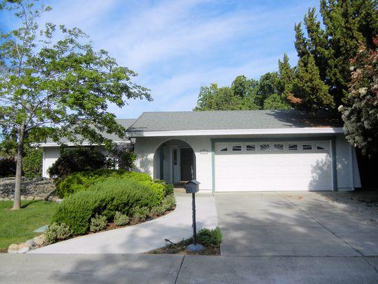 520 Cunningham Way, Woodland, CA 95695