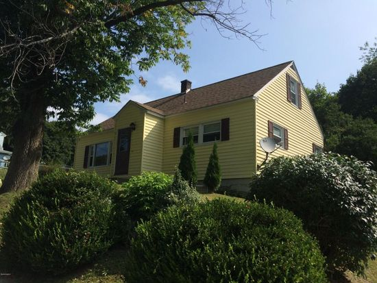22 Dickinson Ave, Pittsfield, MA 01201