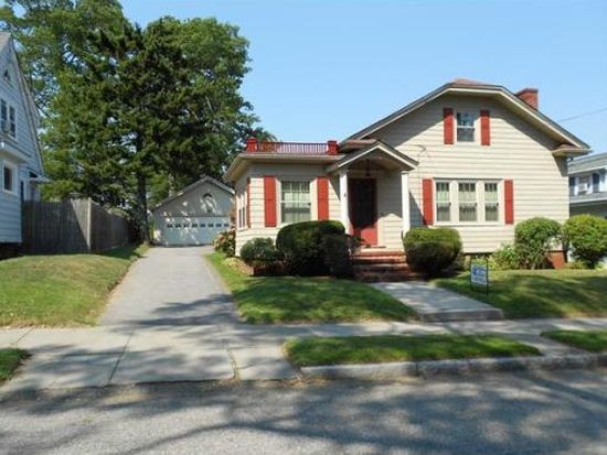 488 Montgomery St, Fall River, MA 02720