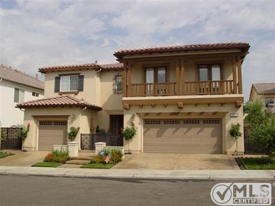 5825 Indian Pointe Dr, Simi Valley, CA 93063