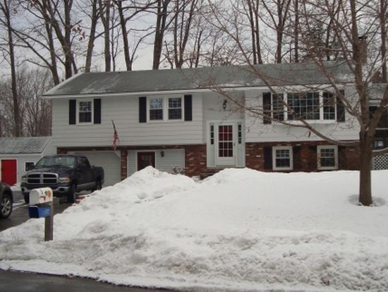 3 Hickory Dr, Derry, NH 03038
