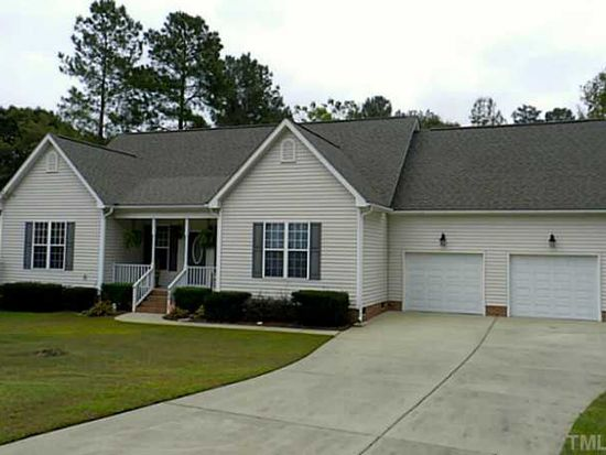 156 Mill Branch Cir, Fuquay Varina, NC 27526