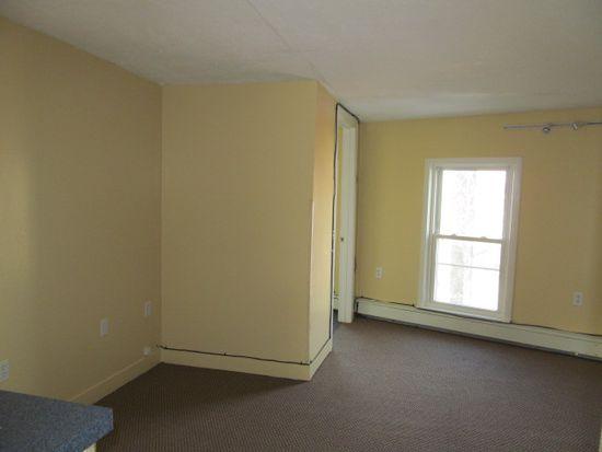 69 Bennington St, Boston, MA 02128