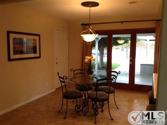 1653 Barnes St, Simi Valley, CA 93063
